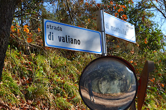 Photo: Strada di valiano