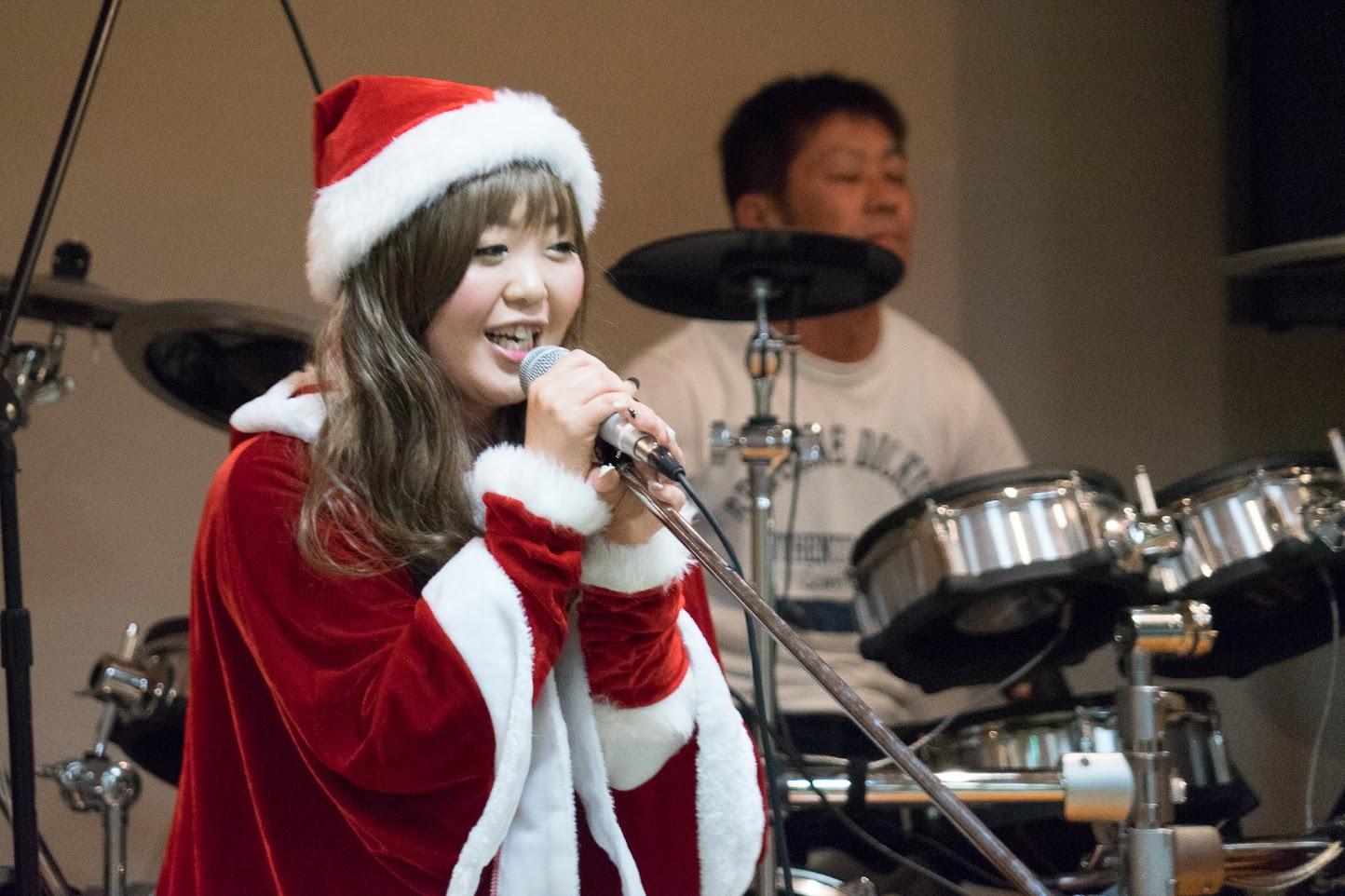 ハートビートの演奏・ヴォーカル:沖野和美さん