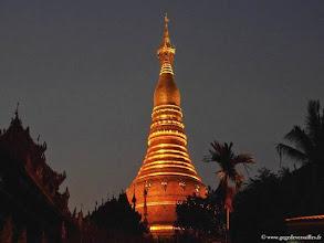 Photo: Birmanie-Yangon, Shwedagon Pagoda.