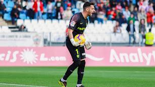 René, tras parar el penalti a Álex Fernández en el Almería-Cádiz.