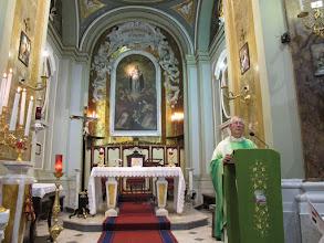 Photo: It.s2C42-141012Torre Del Greco, Santa Maria Del Principio, célébrant, à l'ambon  IMG_6318