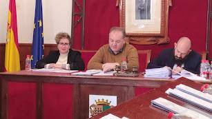 Foto de archivo del alcalde de Cuevas del Almanzora, Antonio Fernández Liria, presidiendo una sesión plenaria.