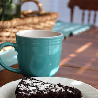 Flourless Chocolate Cake recipe (+ my Trim Healthy Mama version).