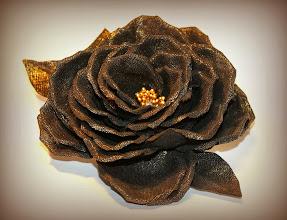 Photo: Цветок из ткани - брошка - Роза из льна с позолотой