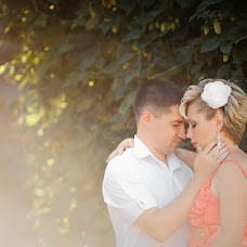 Wedding photographer Larisa Bakina (larissabakina). Photo of 15.06.2014