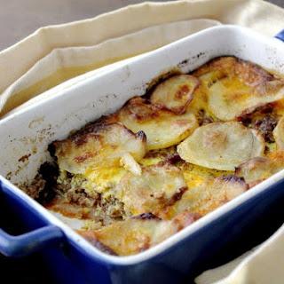 Meat and Potato Gratin {Traditional Macedonian Moussaka}.