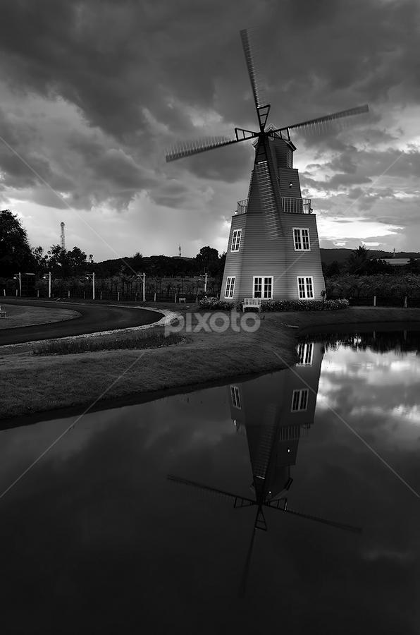 Hollandian by Michael de Guzman - City,  Street & Park  Historic Districts