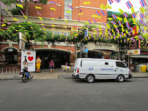 Photo: The Buddy Lodge is supposedly one of the nicer places to stay onKhao San Road