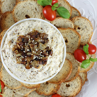 15 Minute Caramelized Onion Dip with Greek Yogurt