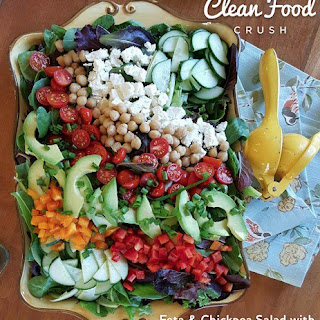 Feta & Chickpea Salad with Creamy Garlic Dressing