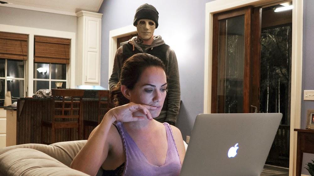 best-horror-movies-netflix-india_hush