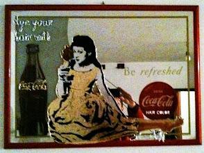 Foto: Coca Cola Hair Color (on mirror)  DISPONIBILE  Per informazioni e prezzi: manualedelrisveglio@gmail.com