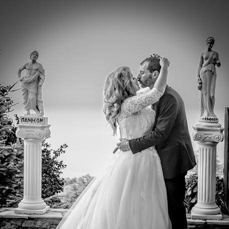 Fotógrafo de bodas Georgios Muratidis (MOURATIDIS). Foto del 19.01.2018