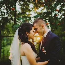 Wedding photographer Aleksandra Sadovskaya (Saal13). Photo of 01.08.2014