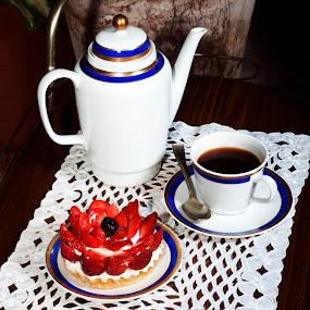Strawberryies deseert and coffee by Cristobal Garciaferro Rubio - Food & Drink Cooking & Baking ( strawberries, coffee cup, cream spoon, strawberry )