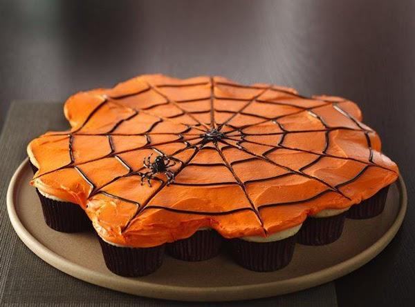 Pull Apart Spiderweb Cupcakes Recipe