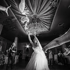 Wedding photographer Sergey Zakharevich (boxan). Photo of 14.08.2017