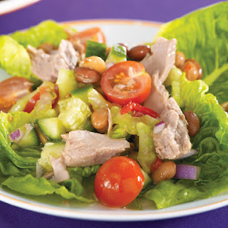 Colorful Tuna and Bean Salad