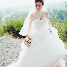 Wedding photographer Anton Ivaschenko (kigai). Photo of 11.02.2013