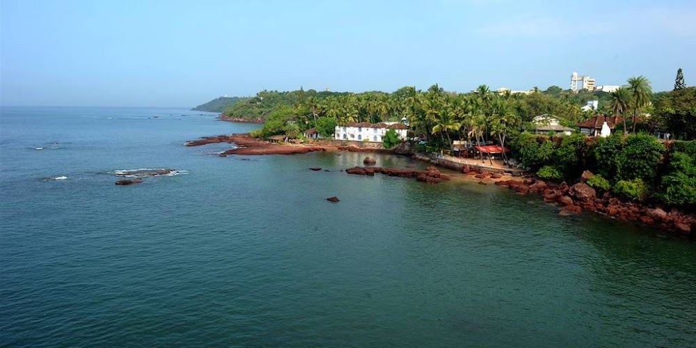 dona-paula-best-beaches-in-goa_image