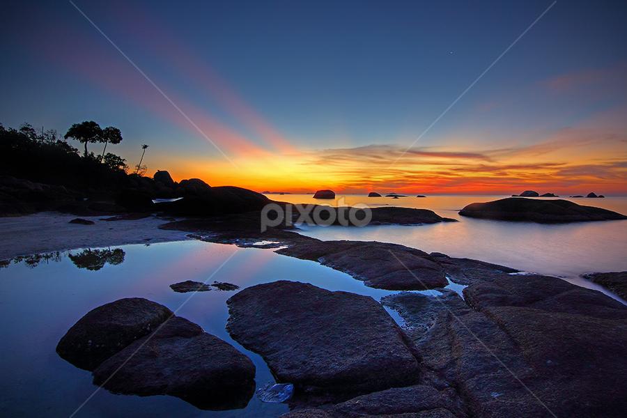 by Imansyah Putra - Landscapes Beaches ( tanjung tinggi beach, belitong, indonesia, sunset, beach, pwcsunbeams, belitung,  )