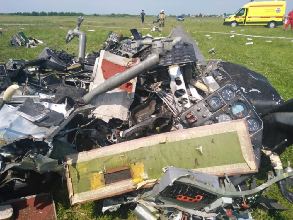 At least 7 parachutists killed in plane crash in Siberia