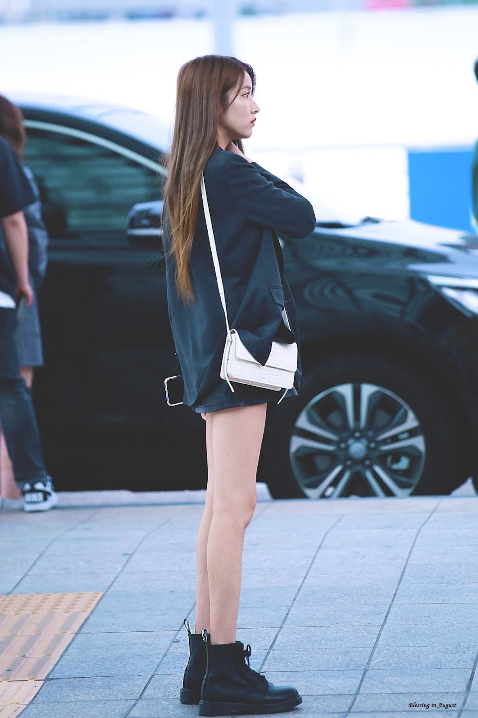 sowon body 27