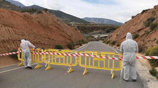 Pueblos de La Alpujarra bloquean sus accesos para evitar desplazamientos