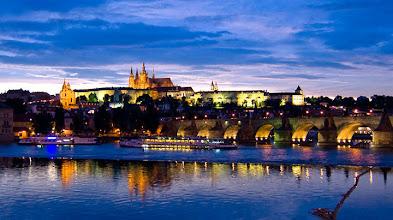 Photo: Prahan linna, Kaarlensilta ja sininen hetki