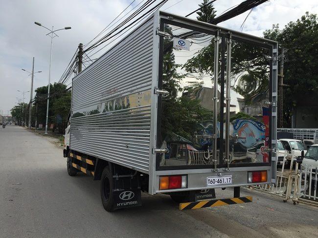 xe tải veam hyundai 8 tấn thùng kín.jpg