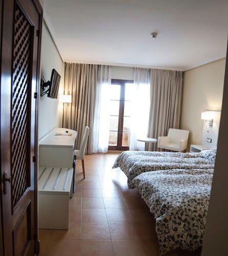 Bahia Sur Hotel Y Bungalows San Fernando Cadiz