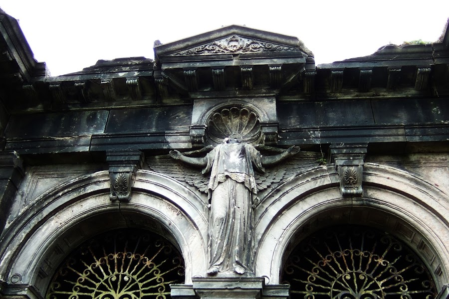 Entrance Vault by Juliusz Wilczynski - Buildings & Architecture Statues & Monuments ( broken, arch, graveyard )