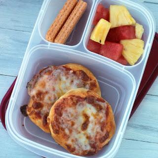 Biscuit Pizza {Fun lunch idea}.