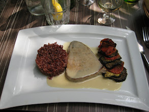 Photo: Here my lunch; red rice, tuna steak and grilled vegetables.