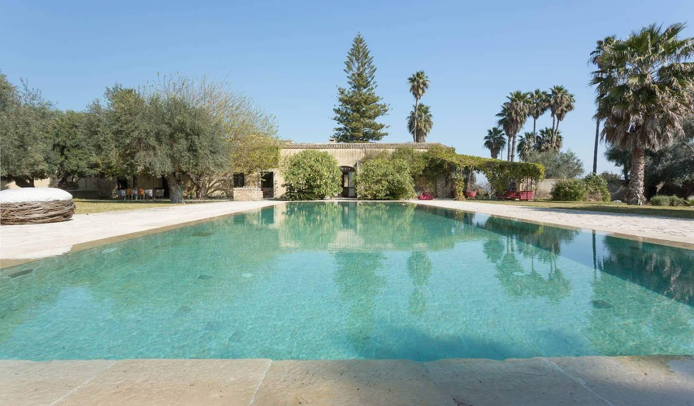 Villa with garden and terrace Syracuse
