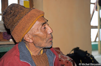 Photo: Sonam Wankchuk, moine, astrolgue, amchi (médecin traditionnel)