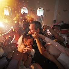Wedding photographer Denis Kovalev (Optimist). Photo of 22.04.2016