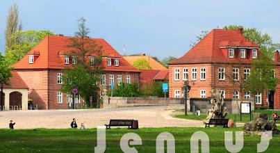 Photo: Schloßplatz