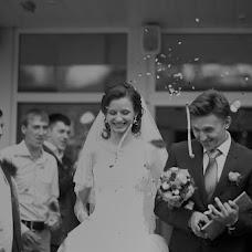 Wedding photographer Yuliya Mitrofanova (ameli2332). Photo of 16.03.2013