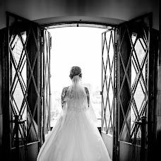 Wedding photographer Ekaterina Tolstyakova (Katrin694). Photo of 16.10.2017