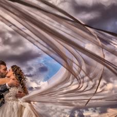 Wedding photographer Vito Trecarichi (trecarichi82). Photo of 18.12.2017
