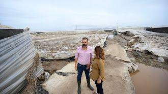 Visita a la zona afectada en los Cortijos de Mazarulleque del alcalde y la consejera de Agricultura