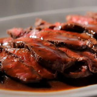 Slow Cooker Beef Steak in Wine Sauce