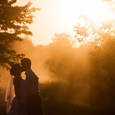 Wedding photographer Andrey Melnik (andrewlynx). Photo of 05.09.2016