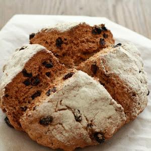 Irish Bread With Raisins