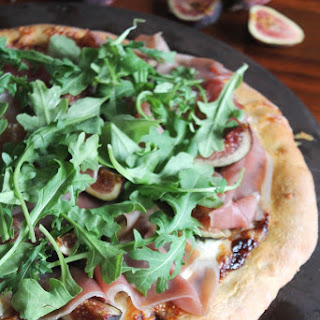 Fig, Prosciutto & Arugula Pizza Recipe