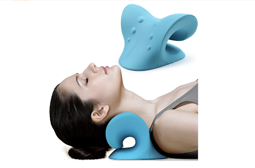 This $20 Neck and Shoulder Relaxation Device Somehow Feels Better Than a Trip to the Chiropractor