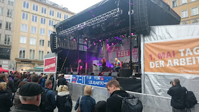 Photo: back to the main stage at marienplatz ~ http://jarogruber.blogspot.de/2016/05/laborday.html