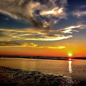 Sunset by Zulhazman Ha - Instagram & Mobile iPhone