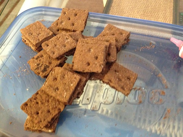 Cut the graham crackers into small squares.